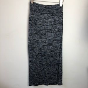 Wilfred Free Aritzia Size XS Grey Black Maxi Skirt